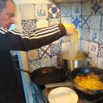 Kook de pasta niet te gaar, hij gaart nog door met de saus
