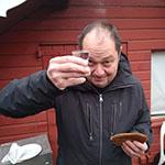 Marcel lust wel een ijskoude wodka bij de blini