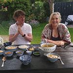 Corinne van Duin en Jan Heemskerk klaar voor de soto ayam